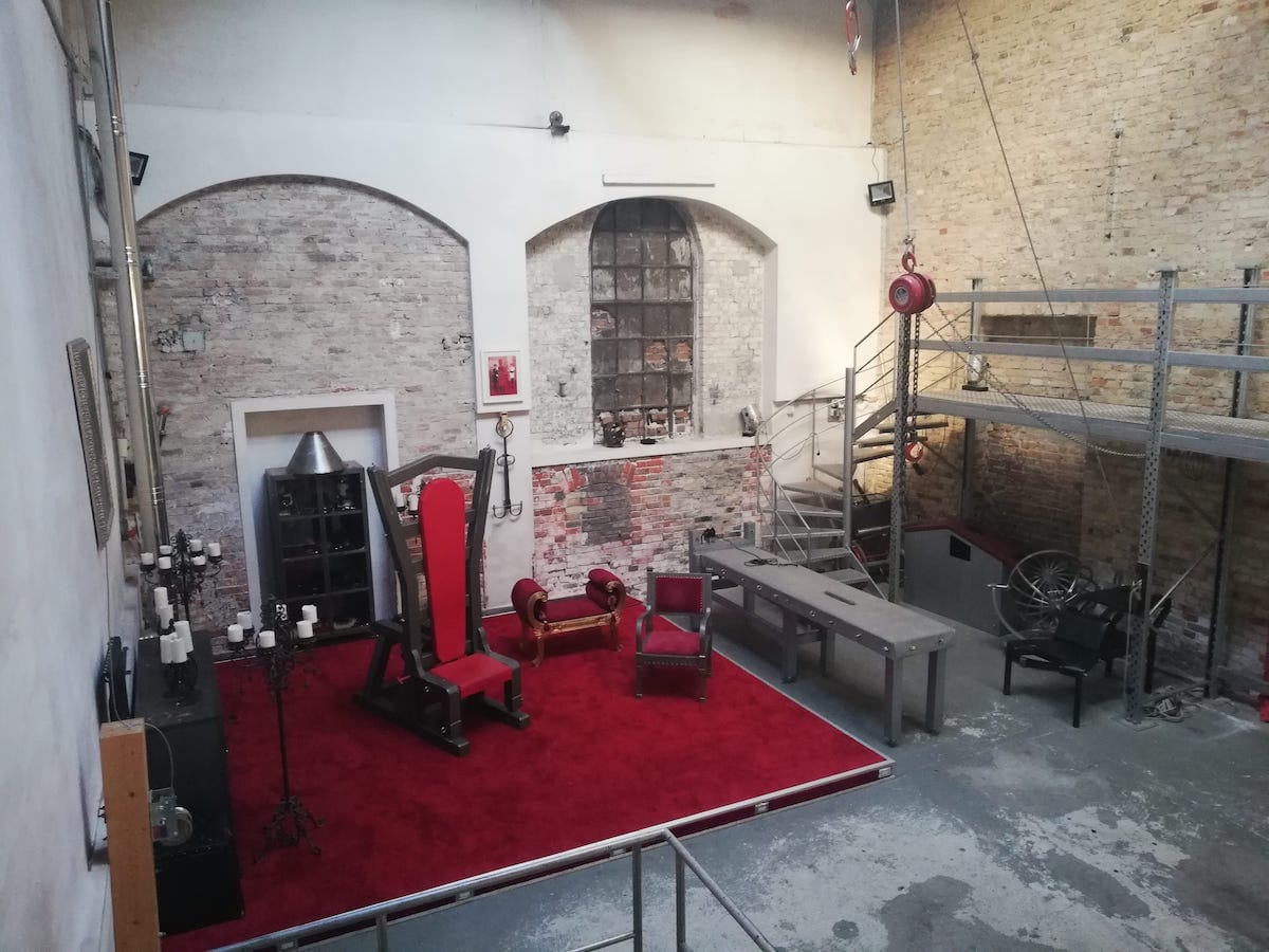I've met clients at Avalon Residenz in Berlin, which houses subterranean cells and cellars for rent.