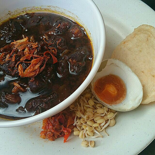 Rawon Is An Original Dish From Surabaya Easta My Hometown It Has Strong Black Color From The Use Of Kluwek Nut Thus Some May Find It Unappetizing