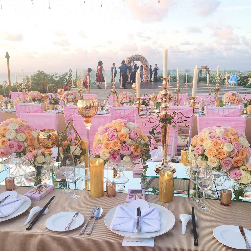 Dream wedding in Bali - mannapotcatering - Dayre