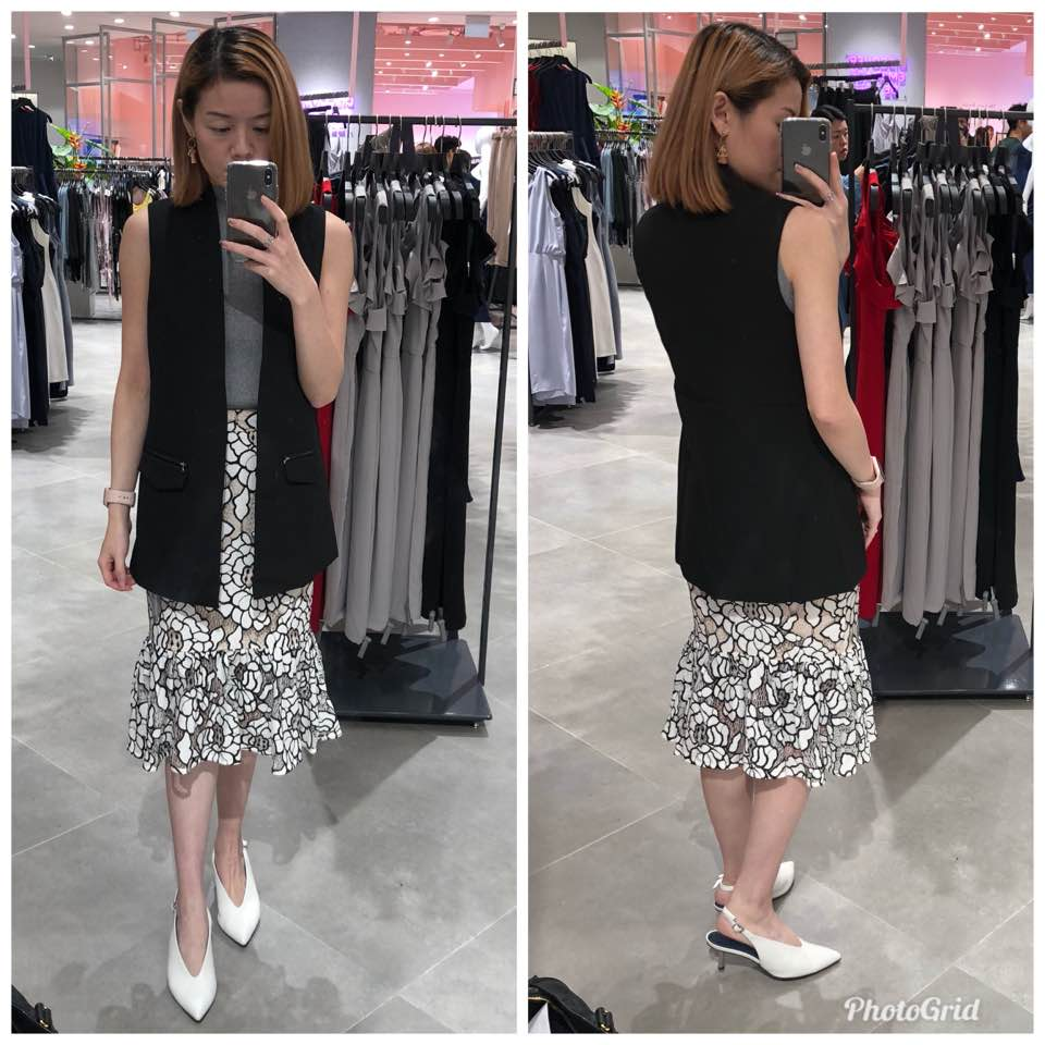 c350378b8e49 I finally manage to try this restocked vest as well. Size xs fits me well!  And I love the fit and design. I Carted this Online luckily.