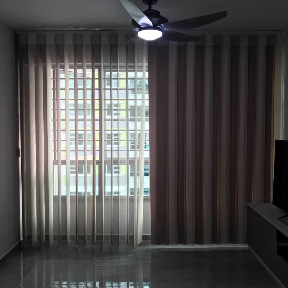 Finally Unislat Curtain Is Up Dual Function Of Day And Night In Single Track But It More Expensive Than Usual Blind