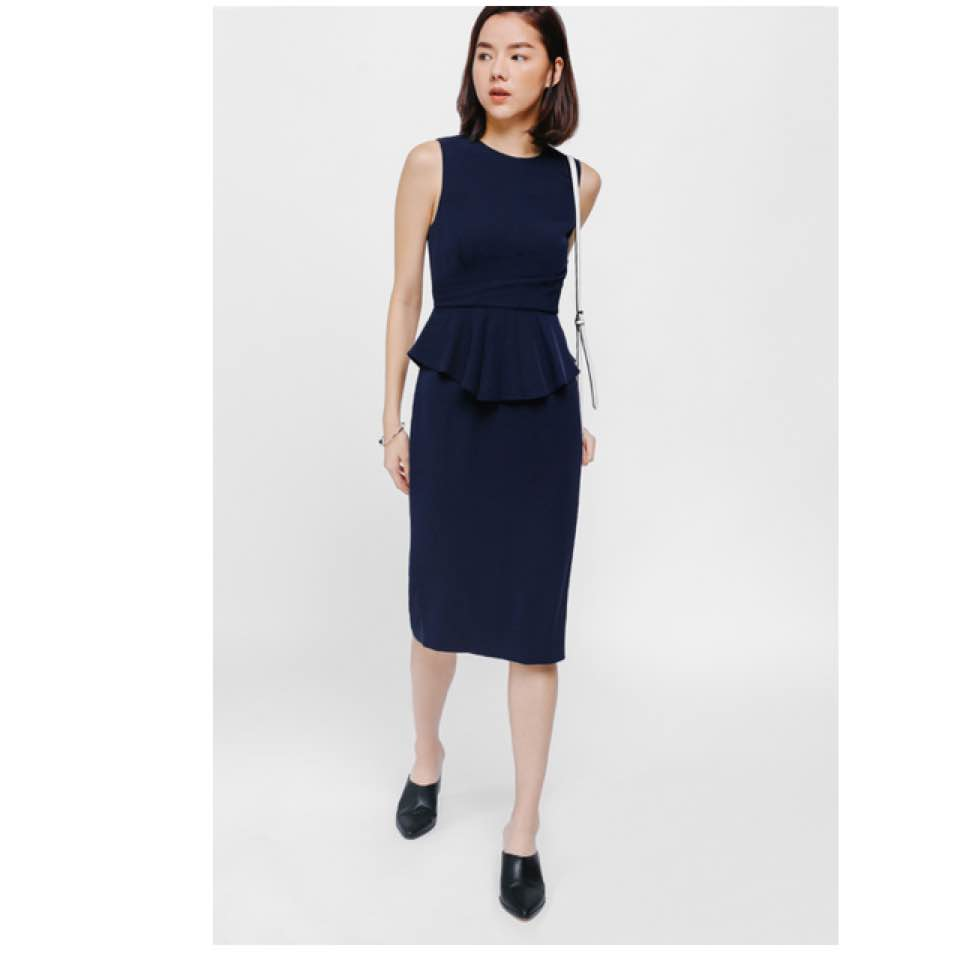 a5058db5b39 #lovebonito yione peplum midi dress - size S - worn once, no defects