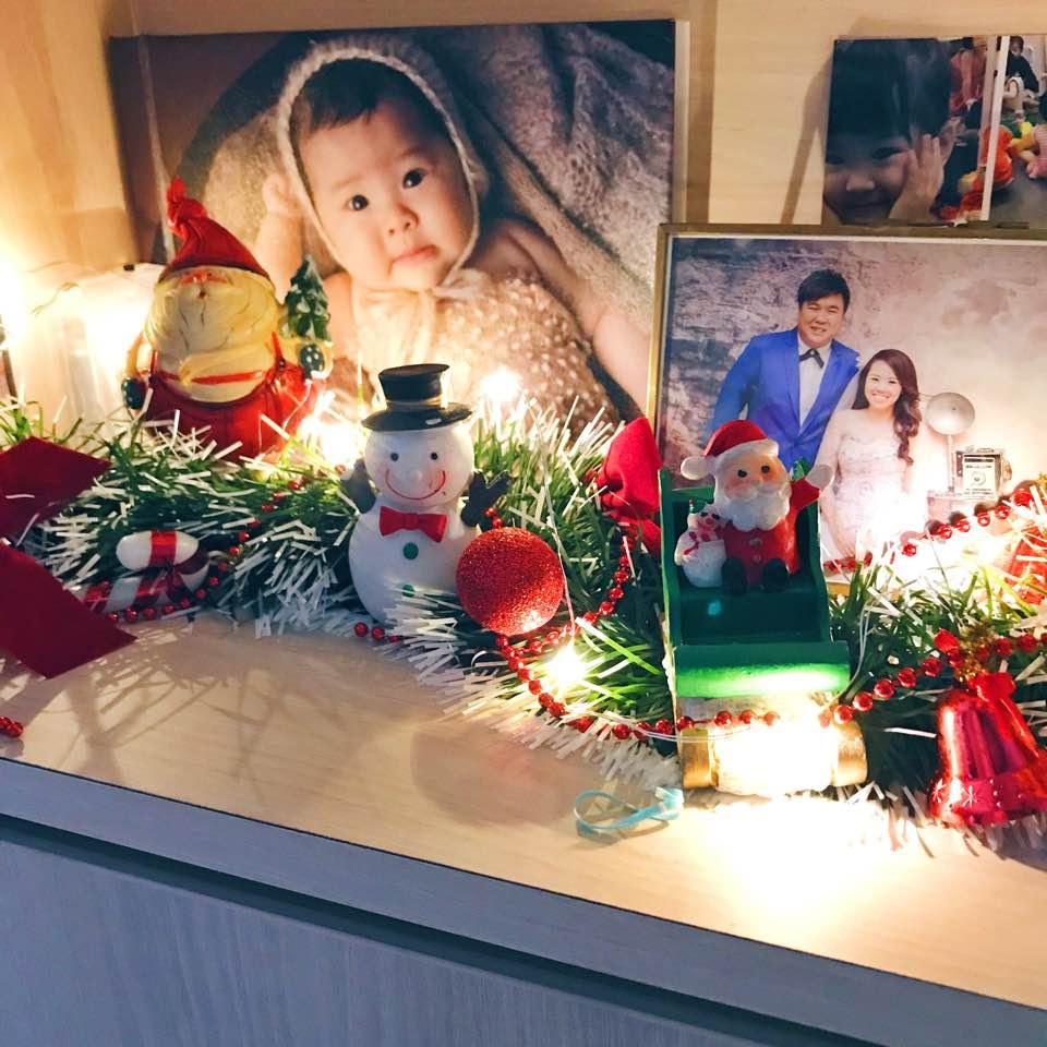 Christmas decor at #KWBcrib - razorliketears - Dayre