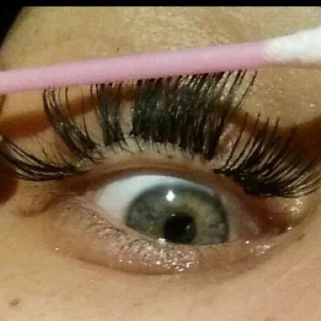 Eyelash Extensionscrazy Mum Andrew Tieponytail Dayre